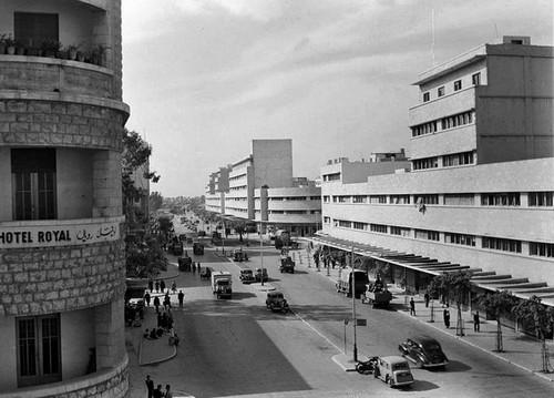 רחוב העצמאות בחיפה, אני מנחש בשנות השלושים